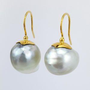ER-100d Baroque Pearls 18kt Gold