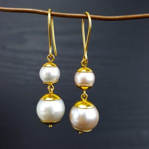 ER-104a One Pink One Pale Blue South Sea Pearl Earring 18kt Gold