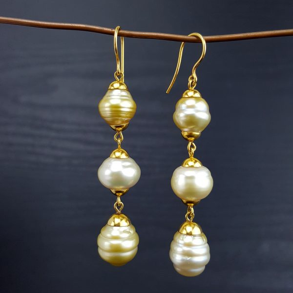 ER-112a South Sea Circe Pearls with 18kt Gold