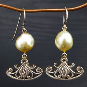 ER-124a South Sea Pearls Sterling Wire Intan Antique Deco Pendants