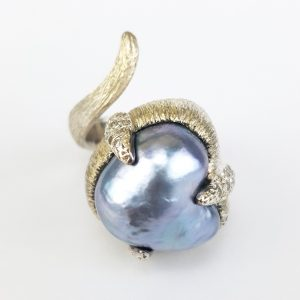 RI-101 Heart Shape South Sea Pearl on Texture Sterling Silver with zircon pave